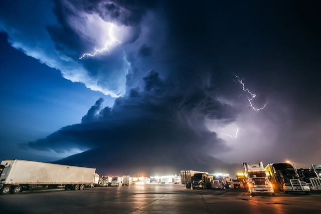 Tormentas de Mike Hollingshead (11)