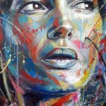 Coloridos grafitis de retratos por David Walker