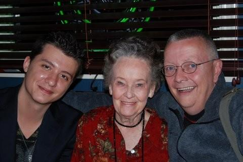 Ryan Buell, Lorraine Warren y Chip Coffee