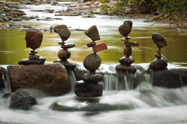 Michael Grab rocas en equilibrio (16)