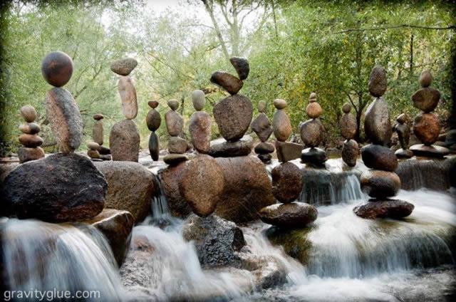 Michael Grab rocas en equilibrio (12)