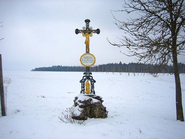 tumba cruz