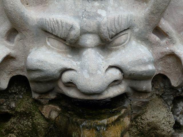 demonio piedra