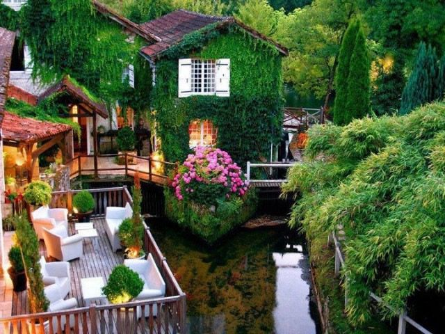 hoteles increíbles (3) Le Moulin du Roc