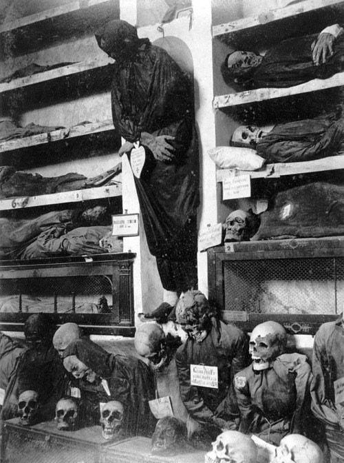 mausoleo de los muertos diablo