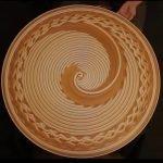 Hermosos mosaicos creados en una rueda de alfarero