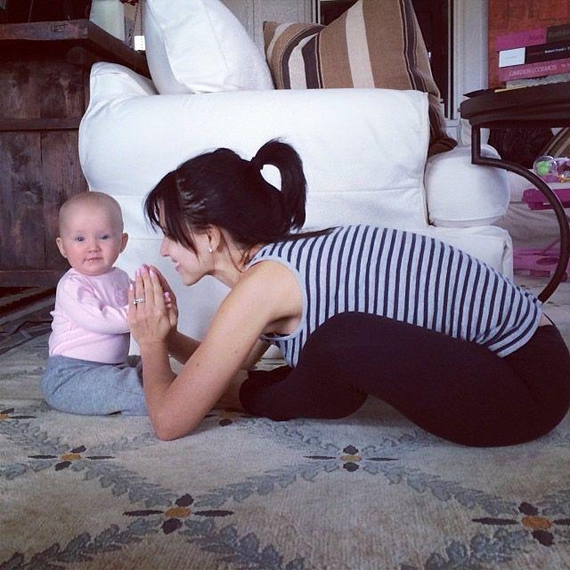Yoga madre e hija Laura Kasperzak (1)