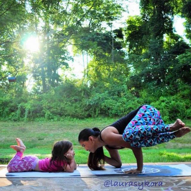 Yoga madre e hija Laura Kasperzak (6)