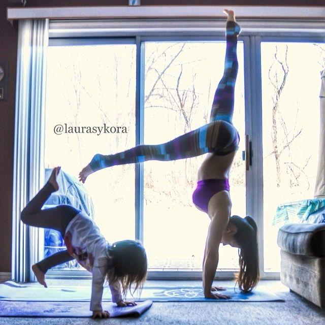 Yoga madre e hija Laura Kasperzak (5)