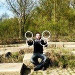 Las increíbles ilusiones ópticas del malabarista Lindzee