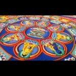 Monjes tibetanos crean obra maestra con millones de granos de arena