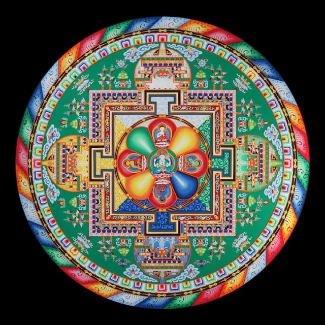 Monjes Tibetanos obra maestra granos arena mandala (8)