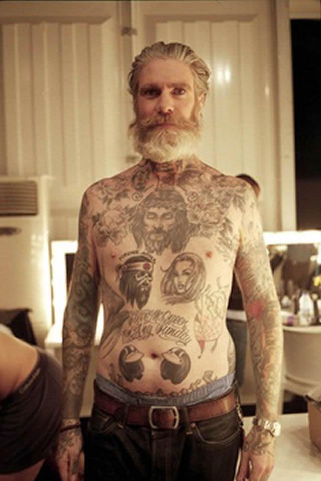 Abuelos con tatuajes (2)