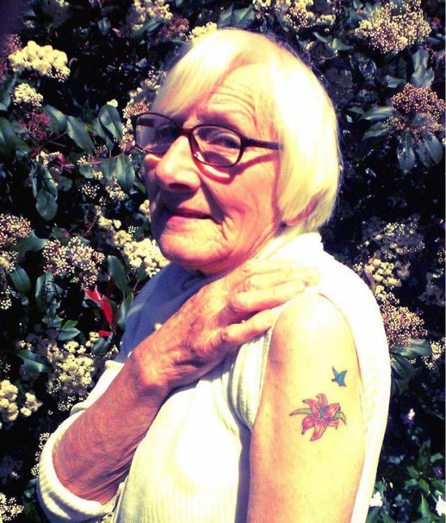 Abuelos con tatuajes (11)
