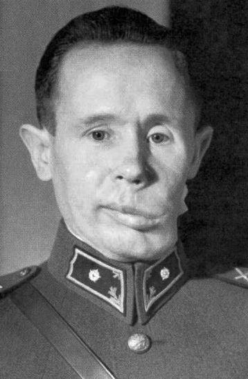 Hahya en 1940 tras su lesión