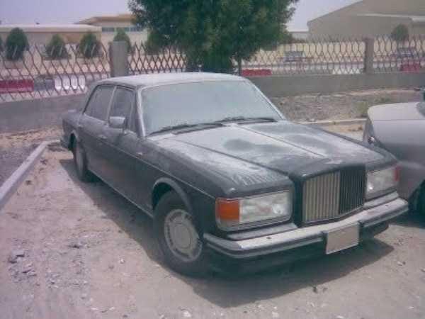 autos de lujo abandonados en dubai (18)