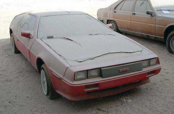 autos de lujo abandonados en dubai (3)