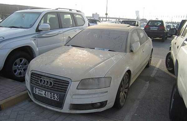 autos de lujo abandonados en dubai (22)