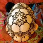 Cáncer: tatuajes de henna para sobrellevar la calvicie