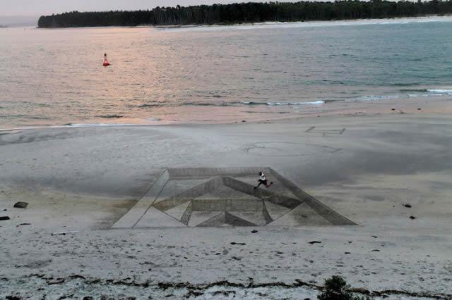 Dibujos en 3D sobre arena (3)