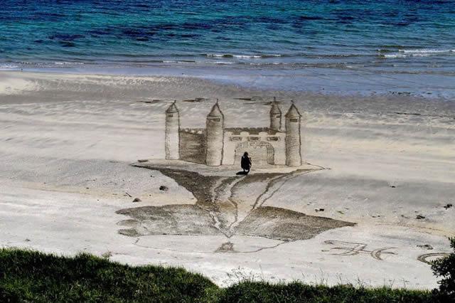 Dibujos en 3D sobre arena (10)