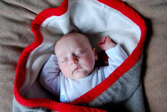 bebe dormido lindo