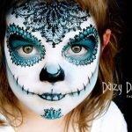 Artista en Nueva Zelanda maquilla criaturas fantásticas en el rostro de sus hijos