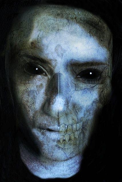 rostro zombie