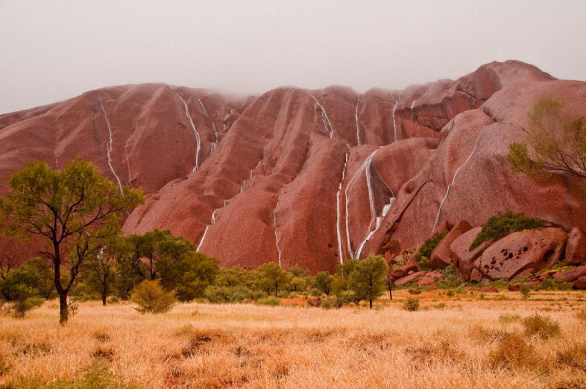 Maravilla Natural: Cascadas Uluru 01