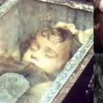 Una niña momificada hace 94 años abre los ojos