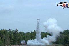 Increíbles cohetes giratorios en Tailandia