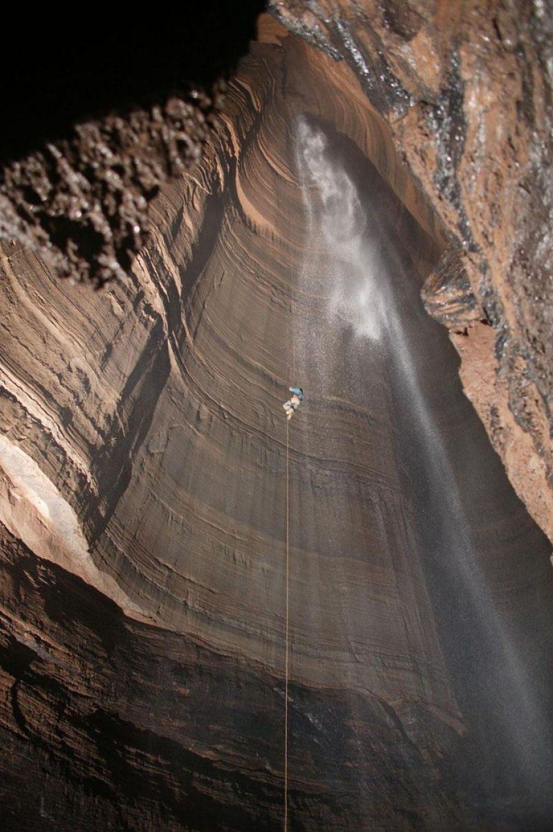 Caverna Krubera en Abjasia (17)