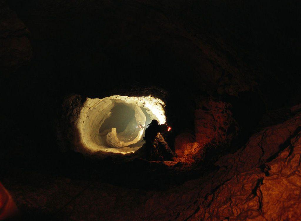 Caverna Krubera en Abjasia (13)