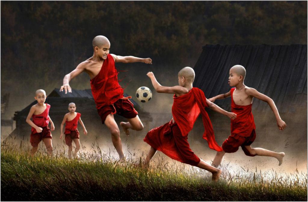 34 fotografías niños jugando mundo 08