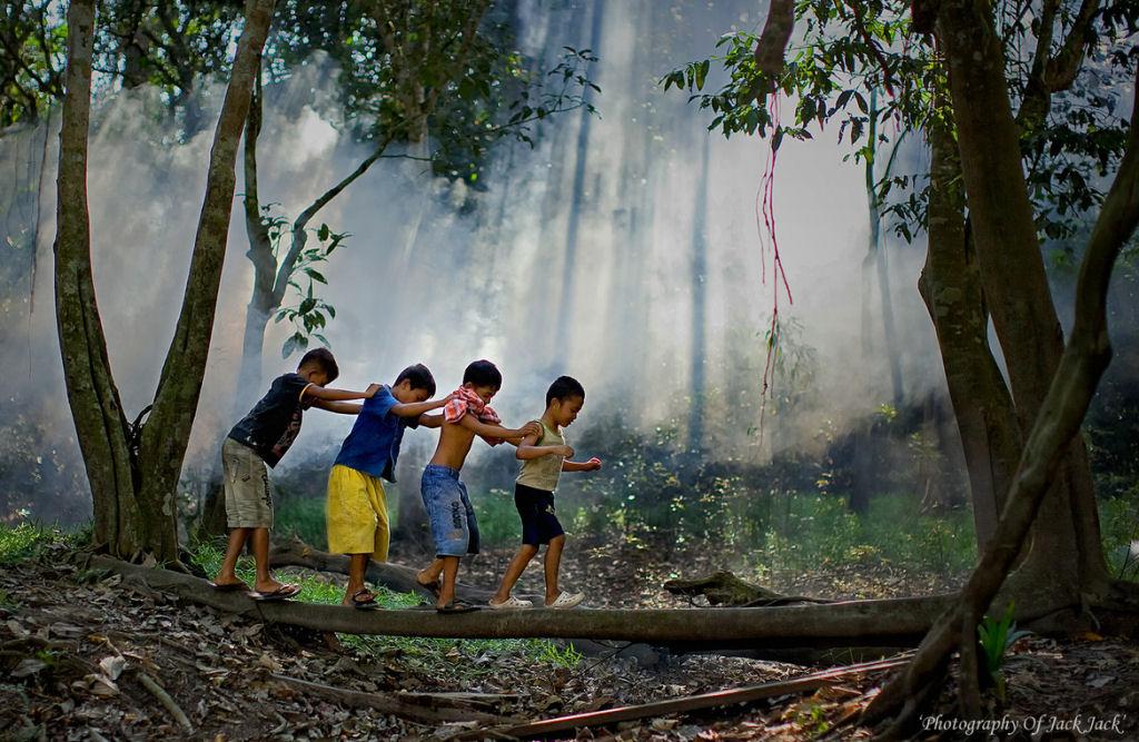 34 fotografías niños jugando mundo 28