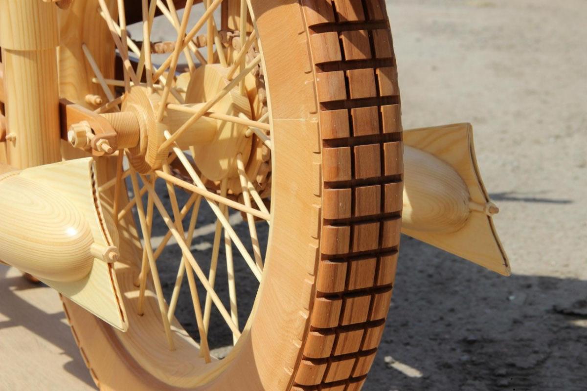 motocicleta de madera (10)