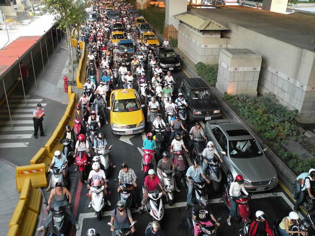 scooters china taipei trafico