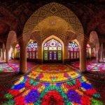 Arquitectura hipnóticamente colorida de las mezquitas iraníes