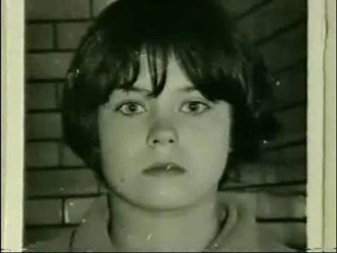 mary bell asolescente