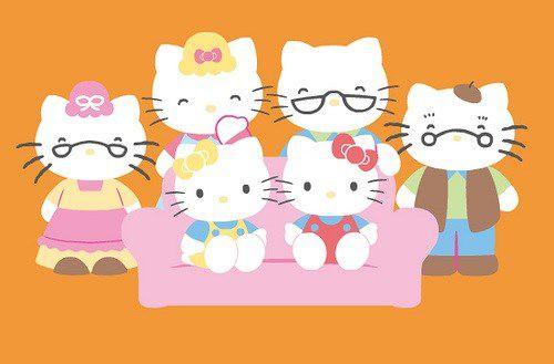 hello kitty familia
