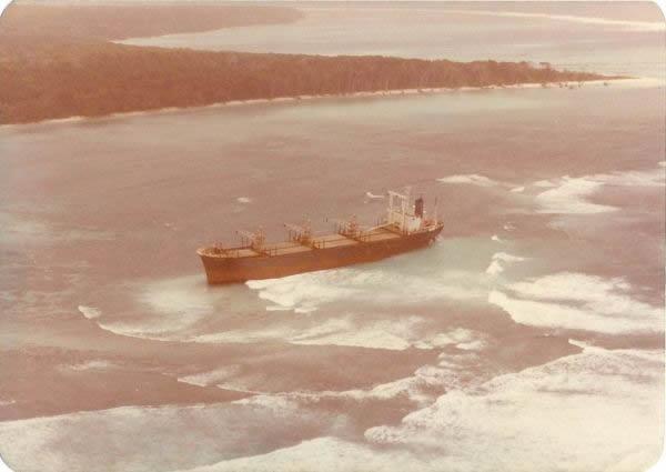 carguero isla sentinel