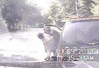 Policía salva a una mujer de morir atragantada