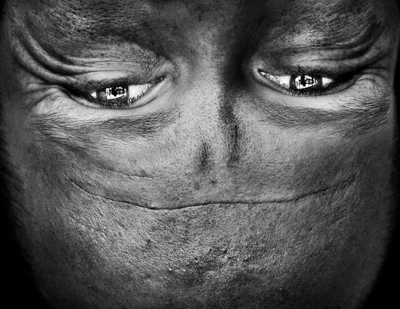 Alienation serie fotografias por Anelia Loubser (2)