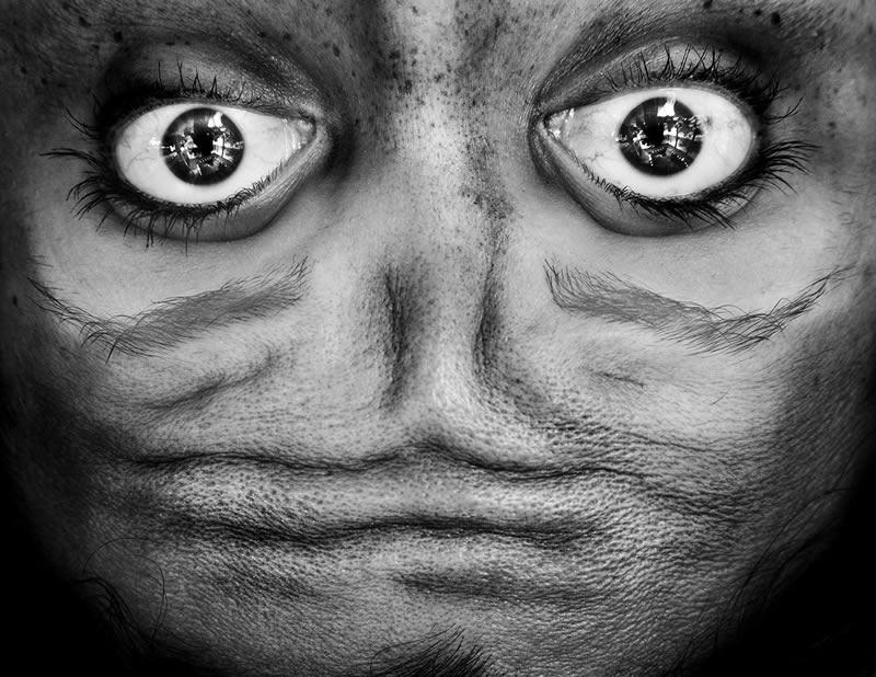 Alienation serie fotografias por Anelia Loubser (6)