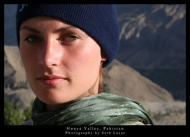 mujer valle del hunza