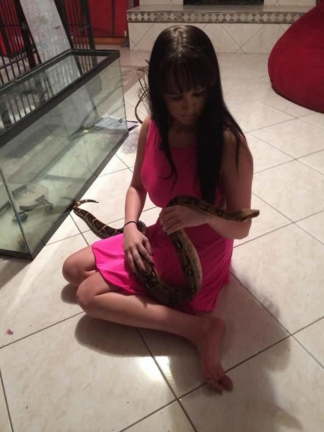 Jasmine Tridevil tres senos (7)