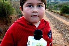 niño periodista