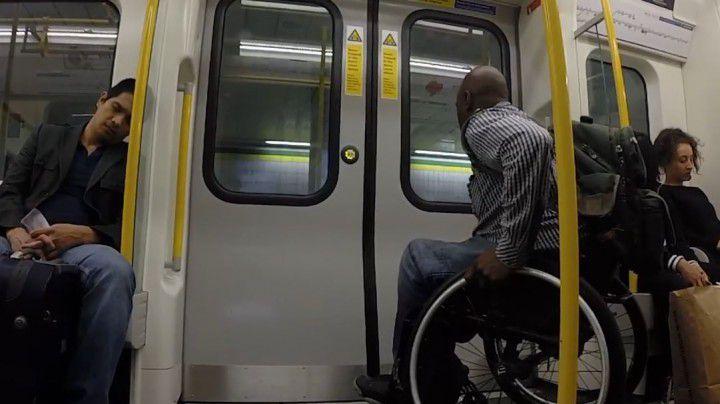 race-the-tube-silla-ruedas