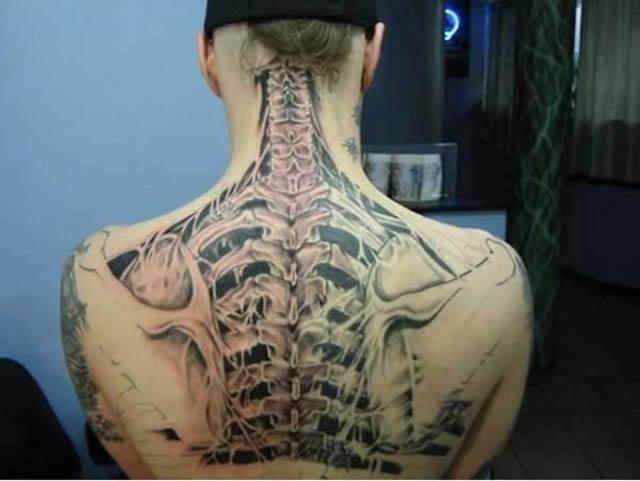 Tatuaje hiperrealista (24)