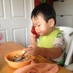 Bebé de 16 meses demuestra a su padre que sabe leer + VIDEOS